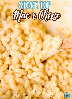 When it comes to homemade comfort food, you can never go wrong with easy Stove Top Macaroni and Cheese. Super creamy and flavorful. Easy Dinner Recipes, Pasta Recipes, Cooking Recipes, Noodle Recipes, Cheese Recipes, Dinner Ideas, Stovetop Mac And Cheese, Macaroni N Cheese Recipe, Mac Cheese