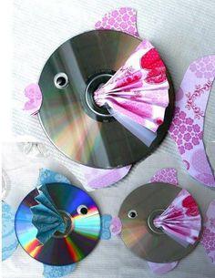 Arte na reutilização de cds.  Veja mais em http://www.comofazer.org