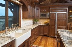 Hansmann Construction builders in Santa Cruz specializing in custom homes and remodeling Warm Kitchen, Country Kitchen, Kitchen Reno, Kitchen Stuff, Kitchen Ideas, Mountain Dream Homes, Log Homes, Home Builders, Future House