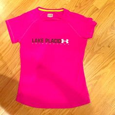 EXCELLENT CONDITION lake placid under armor tee Athletic shirt by under armour-worn once Under Armour Tops