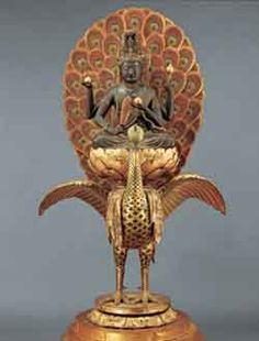 孔雀明王坐像