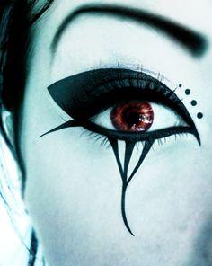 Japanese Eye Make-up