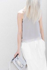 22 Minimal Outfits You Can Recreate Toda22 Minimal Outfits You Can Recreate Today The Chic Street Journal