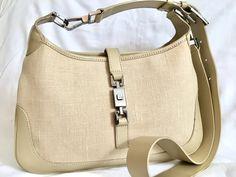 Gucci Rare Limited Edition crossbody Jackie bag #gucci #guccihandbags #guccibag #guccioutfits # Gucci Handbags, Gucci Bags, Gucci Crossbody Bag, Rebecca Minkoff, Beige, Fashion, Tela, Gucci Purses, Moda
