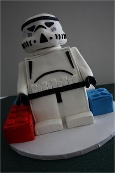 lego star wars cake: if only I saw in time for Bob's birthday