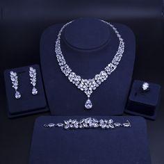 Luxury Jewelry, Unique Jewelry, Silver Jewelry, Silver Earrings, Real Diamond Necklace, Diamond Earing, Jewelry Logo, Expensive Jewelry, Wedding Jewelry Sets