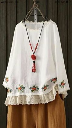 Very pretty top. Embroidery Fashion, Embroidery Dress, Boho Fashion, Fashion Dresses, Womens Fashion, Ethnic Outfits, Fall Outfits For Work, Blouse Dress, Pakistani Dresses