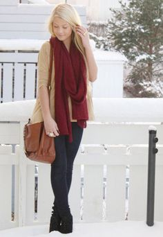 Super cute fall/winter outfit.