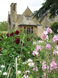 Hidcote  manor gardens near Chipping Camden in The Cotswolds,