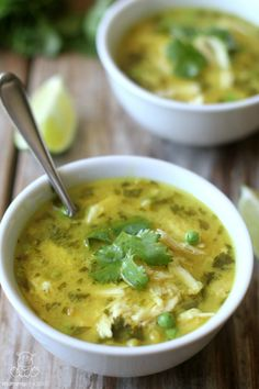 This simple Thai-inspired coconut lime chicken curry soup melds tangy lime and…