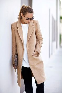 minimalist wardrobe, minimalist outfit, simple and chic outfit