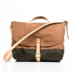 Waxed Canvas Haversack, made in Santa Cruz, CA by Strawfoot Handmade. Purchase to support shoulder satchel durability and 1 American worker.