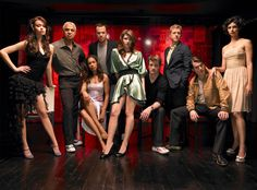 Can we just take a minute here to just seriously enjoy Jewel Staite in this picture?  That outfit, and those legs.  Like.  Whoa.