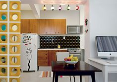 Brazilian decoration for small places Lovely kitchen!! (Amei os cobogós amarelos WOW)