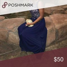 Womens - Navy Blue Formal Dress USED ONCE | Dress is flows very well and reaches the ground | Silk material Dresses Prom