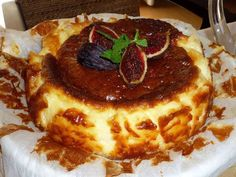 Cheesecake from La Viña Restaurant - Types of Cheese 1001 Mexican Food Recipes, Sweet Recipes, Dessert Recipes, Desserts, Cheesecake Recipes, Sweet Tooth, Bakery, Food And Drink, Cooking Recipes