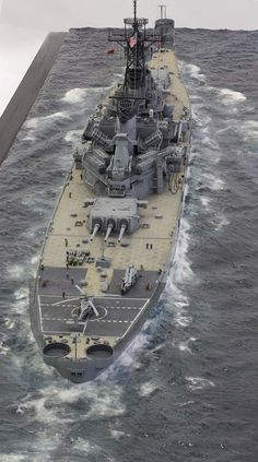 USS Wisconsin BB-64 350 Tamiya (modelshipgallery) 7.30.15 Thu