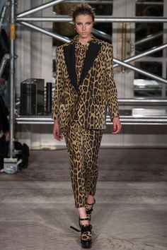 Moschino Cheap And Chic - Fall 2013 RTW - Look 12.