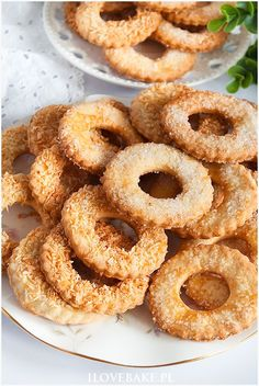 Onion Rings, Dessert Recipes, Desserts, Doughnut, Biscuits, Cookies, Baking, Cake, Ethnic Recipes