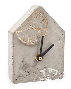 Bastelanleitung: Uhr aus Beton gießen
