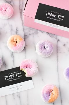 Color blocked and ombre donuts! How cute are these? | Donas de colores pastel y degradados, hermosas!