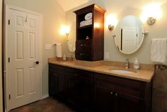round mirror bath | ... : White Wooden Door White Marble Table Brown Drawers Round Mirror