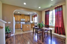 Open Concept http://www.ramamehra.com/2014/06/20/beautiful-move-in-ready-townhouse-available/