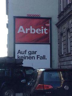 Diese Reaktion: | 23 Fotos, auf denen Österreich so österreichisch war, wie es nur... My Crazy, Have A Laugh, Austria, Best Quotes, Nice Quotes, Street Art, Jokes, Lol, My Love