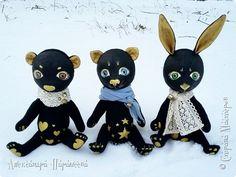 """Доброго времени суток,дорогие жители Страны Мастеров!Сегодня хочу показать вам моих новых зверьков) Вот такая мини-серия """"Золото"""" сшилась еще к новогодней ярмарке.В трио входят трое персонажей:котик,зайка и мишка) фото 1"""