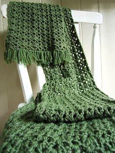 E Strea Chikitu: Gehaakte shawl