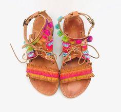Handmade Sandals, Gladiator Sandals, Boho Sandals, Friendship Bracelet, Pom Pom Sandals, Boho Flats, Decorated Sandals, Greek Leather Sandal #etsy #shoes #women #gladiatorsandals #friendshipbracelets #handmadesandals #leathersandals #bohosandals #bohostyle
