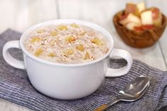 Healthy Yogurt with Steel-Cut Oats Recipes: Pumpkin Spice Raisin, Apple Pie Oats Recipes, Ww Recipes, Low Calorie Recipes, Raisin Recipes, Slimming Recipes, Yogurt Recipes, Free Recipes, Recipies, Breakfast In A Jar