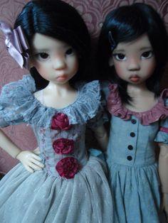 Kaye wiggs Miki twins!