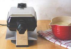 Tipps und Grundrezept für dicke, knusprige Waffeln (Belgische Waffeln oder Brüsseler Waffeln) - frisch gebacken und tiefgefroren aus dem Toaster!