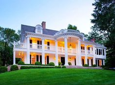 love the huge porch that wraps all the way around