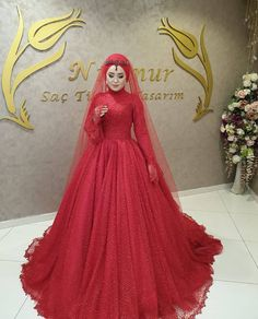 ✔ Couple Outfits For Wedding Dresses Wedding Hijab Styles, Desi Wedding Dresses, Muslimah Wedding Dress, Hijab Style Dress, Bridesmaid Poses, Bridesmaid Dresses, Hijab Fashion, Fashion Dresses, Couple Outfits