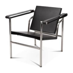 Off Le Corbusier Sling Chair - Eternity Modern Canada Le Corbusier, Modern Architecture House, Interior Architecture, Interior Design, Chinese Architecture, Futuristic Architecture, Modern Houses, Charlotte Perriand, Pierre Jeanneret