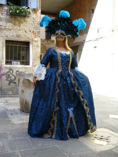 Venice Atelier: our wonderful customers dressed in handmade historical costumes for the Carnival of Venice • masquerade ball • dream • photo in costume • wedding in costume • marriage in costume • by Atelier Flavia #costume #carnival #handmade #rental #historical #theater #costumes #children #dress #marriage #wedding #dream #masquerade #carnivalofvenice #carnivalmask #venicecarnival #mask #handmademask #hat #wig #gloves #venice #atelier #atelierflavia #veniceatelier