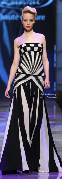 Another fabulous graphic runway look! xo, Allie Ollie