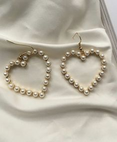 Jewelry Trends, Jewelry Accessories, Pale Fire, Grillz, Circlet, Heart Earrings, Pearl Necklace, Brooch, Fancy