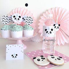 The little Panda Party Pink Panda Party Printable Set Panda Birthday Party, Panda Party, Birthday Cake Girls, Baby Birthday, Birthday Parties, Image Panda, Bolo Panda, Panda Baby Showers, Panda Cakes