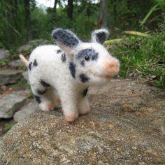Teacup pig needle felted animal fiber art door TCMfeltDesigns, $49.00