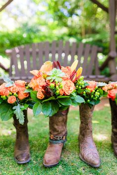 The hues in today's featured wedding are out-of-this-world colorful. Inspired by the picturesque desert town of Sedona, Arizona, Reena & Michael chose a bright Teal Orange Weddings, Orange Wedding Colors, Indian Garden, Orange Country, Ladies Luncheon, Orange And Turquoise, Sedona Arizona, Park Weddings, Rustic Style