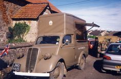 Ford 10 cwt NAAFI vans - Google Search Food Vans, Wheel Alignment, Vintage Cycles, Army Vehicles, Commercial Vehicle, Classic Cars, Automobile, Ford, Ice Cream