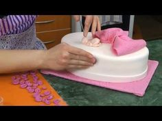 Ostravské Dortíky - Díl třetí :o) Dora The Explorer Costume, Youtube, Fondant, Cupcakes, Desserts, Russian Recipes, Polish, Projects, Lanterns