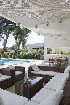 Modern Residence by Tsionov Vitkon Architechts #modernpoolbig
