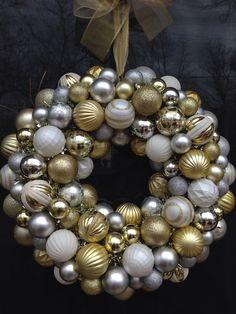 Christmas wreath out of Dollar Tree ornaments. #diy #wreath #knockoff