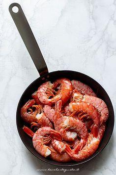 come fare i gamberoni alla catalana Paella, Tapas, Shrimp, Food Porn, Menu, Fish, Ethnic Recipes, Kitchen, Recipes