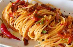 Greek Cooking, Antipasto, Greek Recipes, Gnocchi, Spaghetti, Bon Appetit, Lasagna, Spicy, Good Food