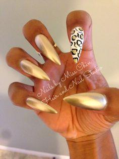 Day 270: Gold Animal Print Nail Art